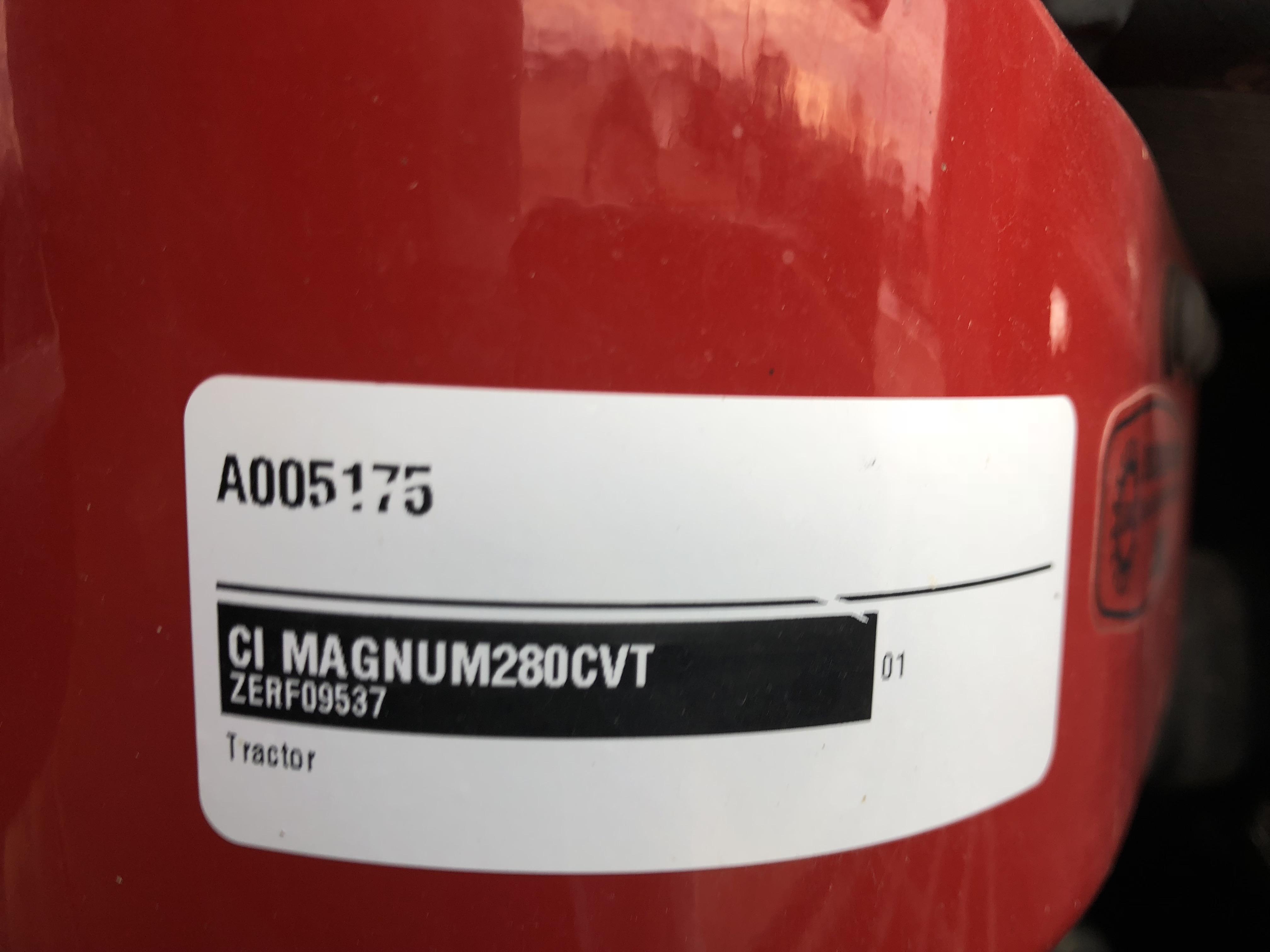 2015 Case IH Magnum™ 280