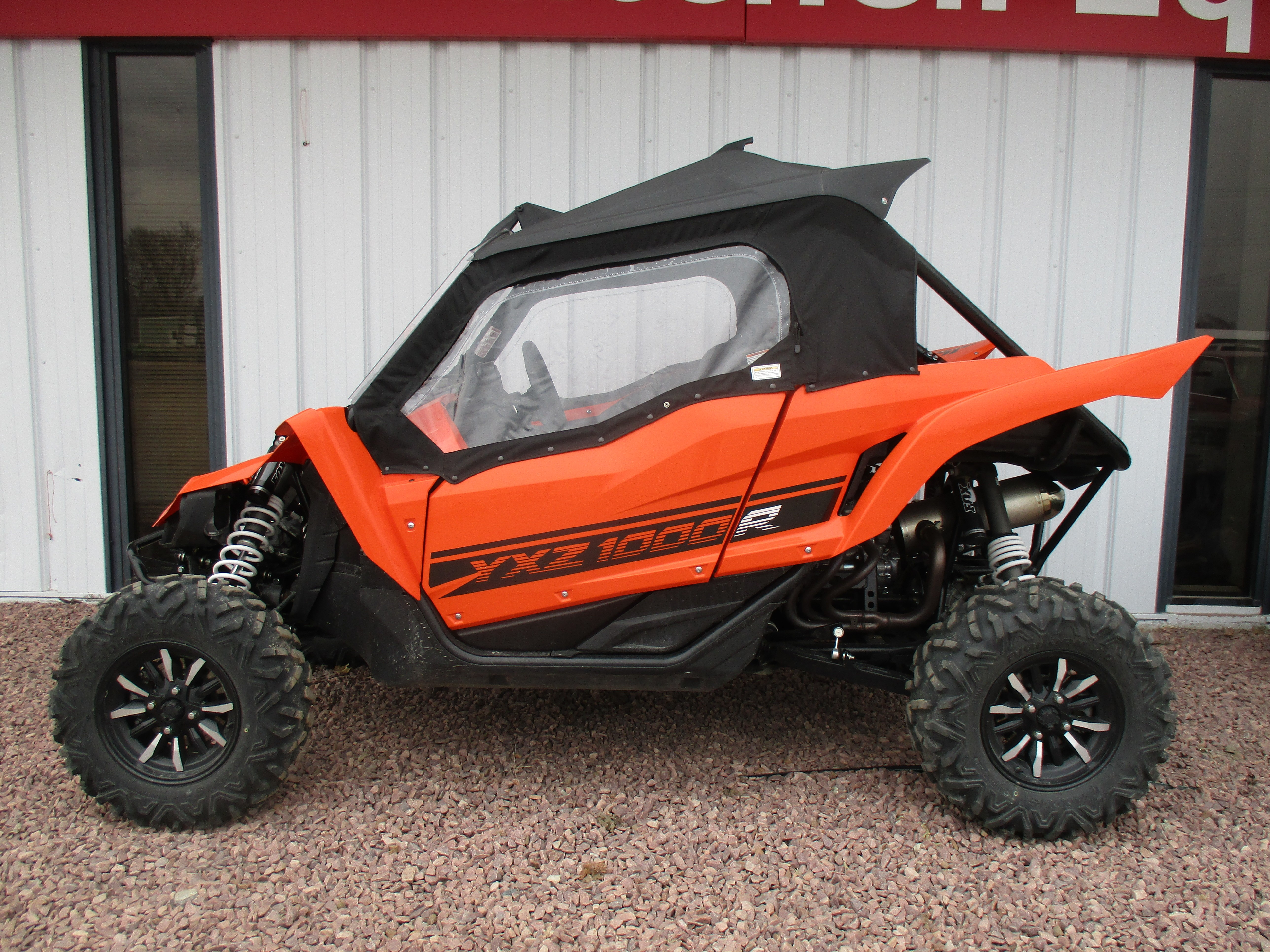 2016 Yamaha YXZ1000R Blaze Orange / Black