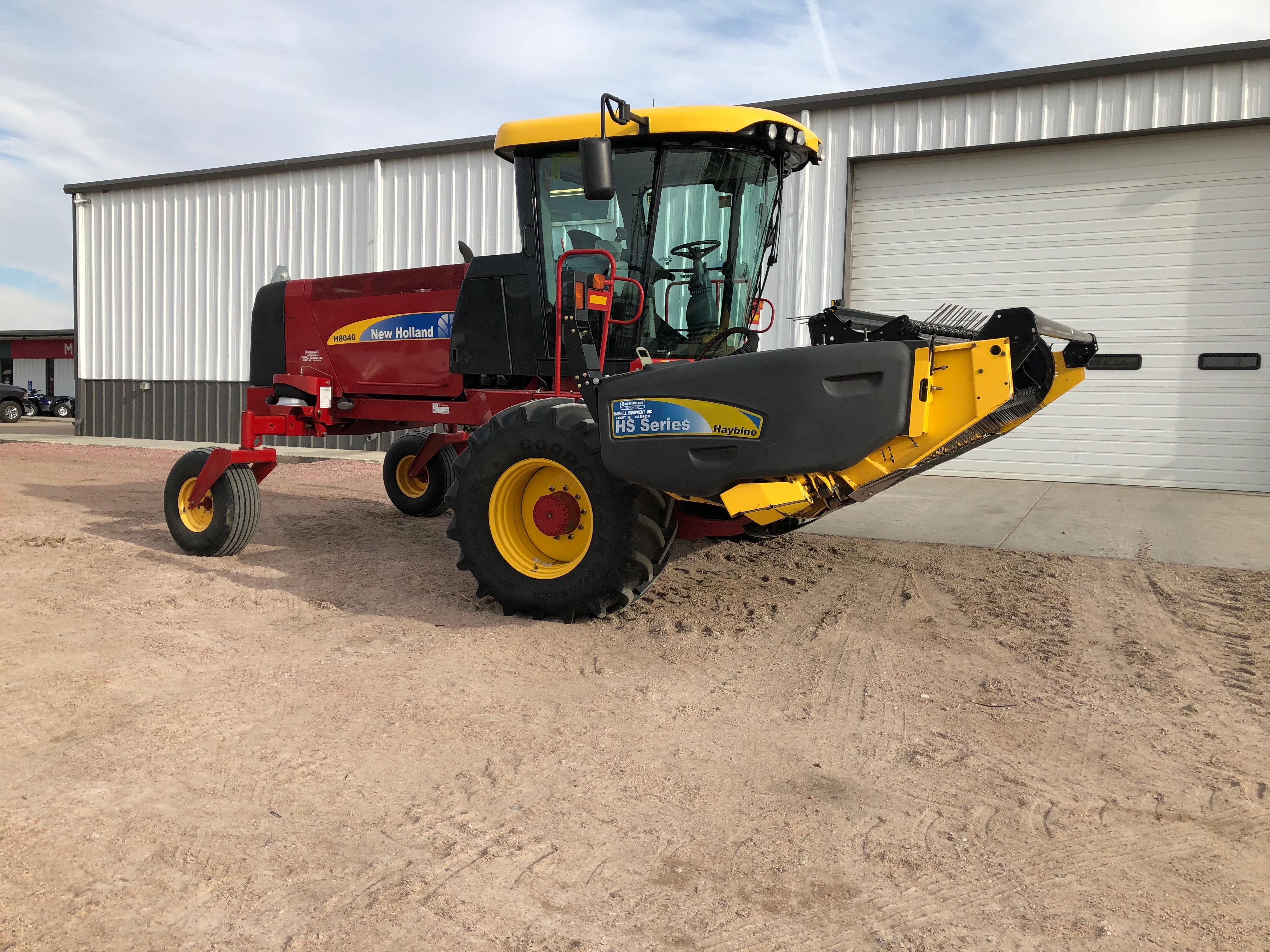 2013 New Holland Agriculture H8040