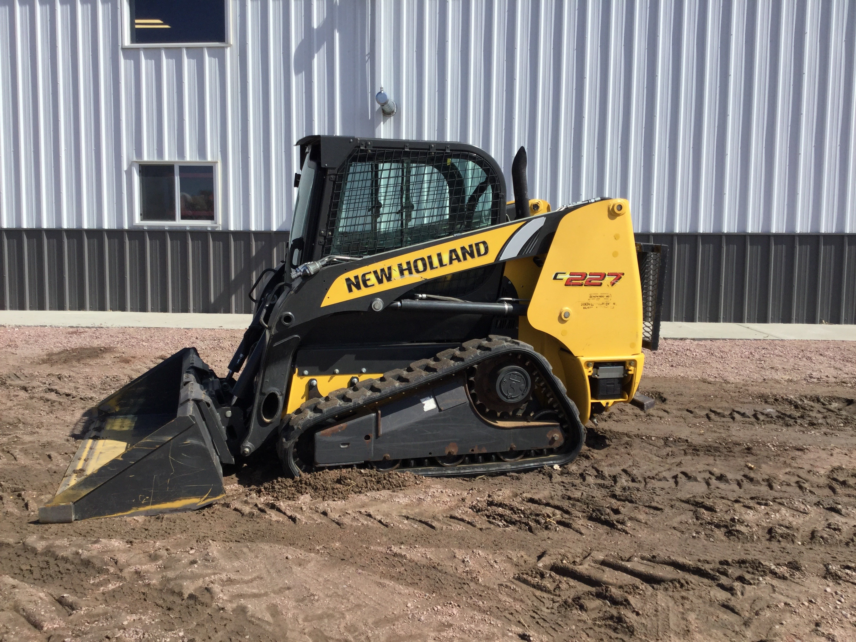 2012 New Holland Construction C227