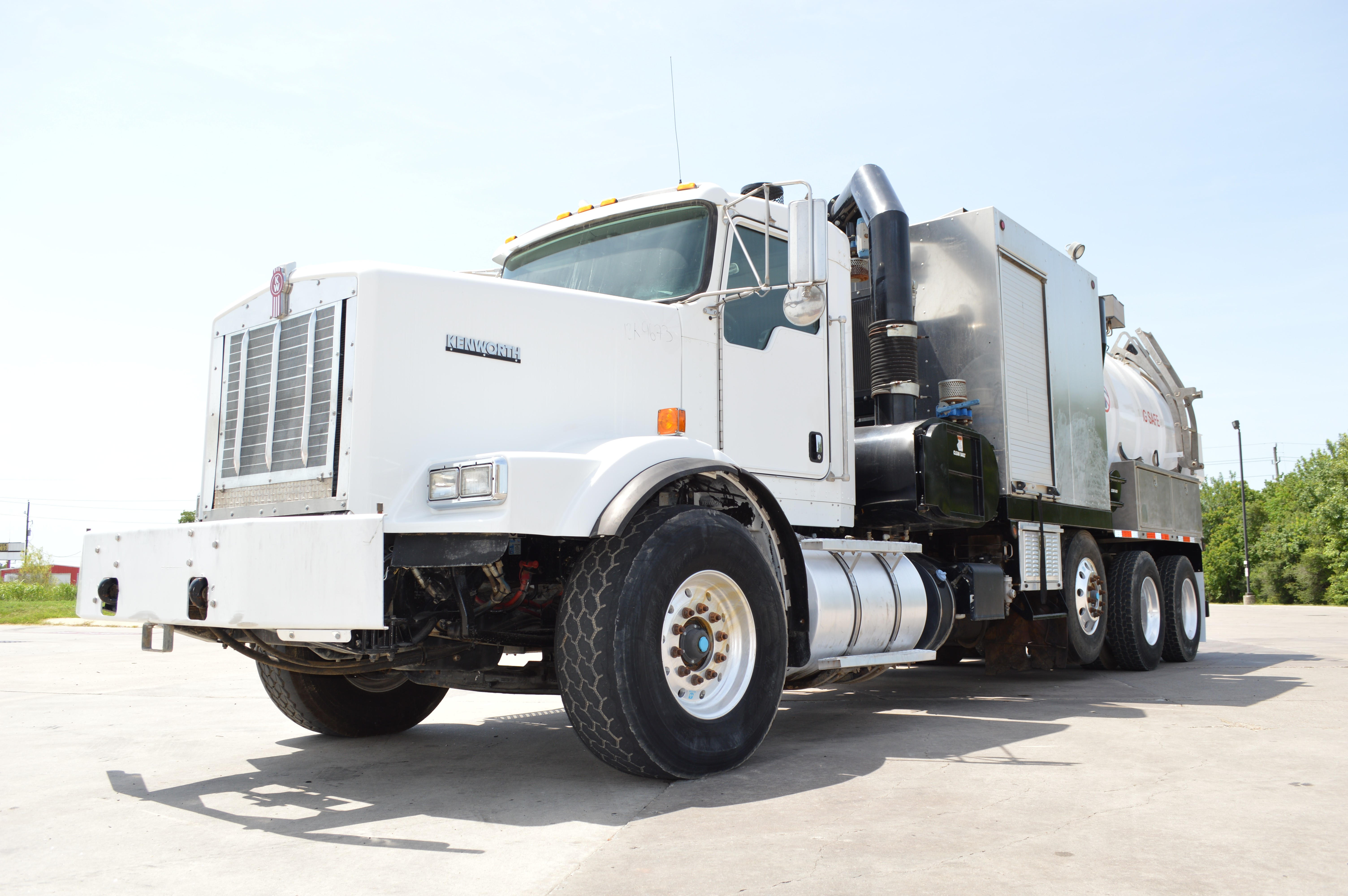 Used 2013 Kenworth T800 in Brookshire , TX