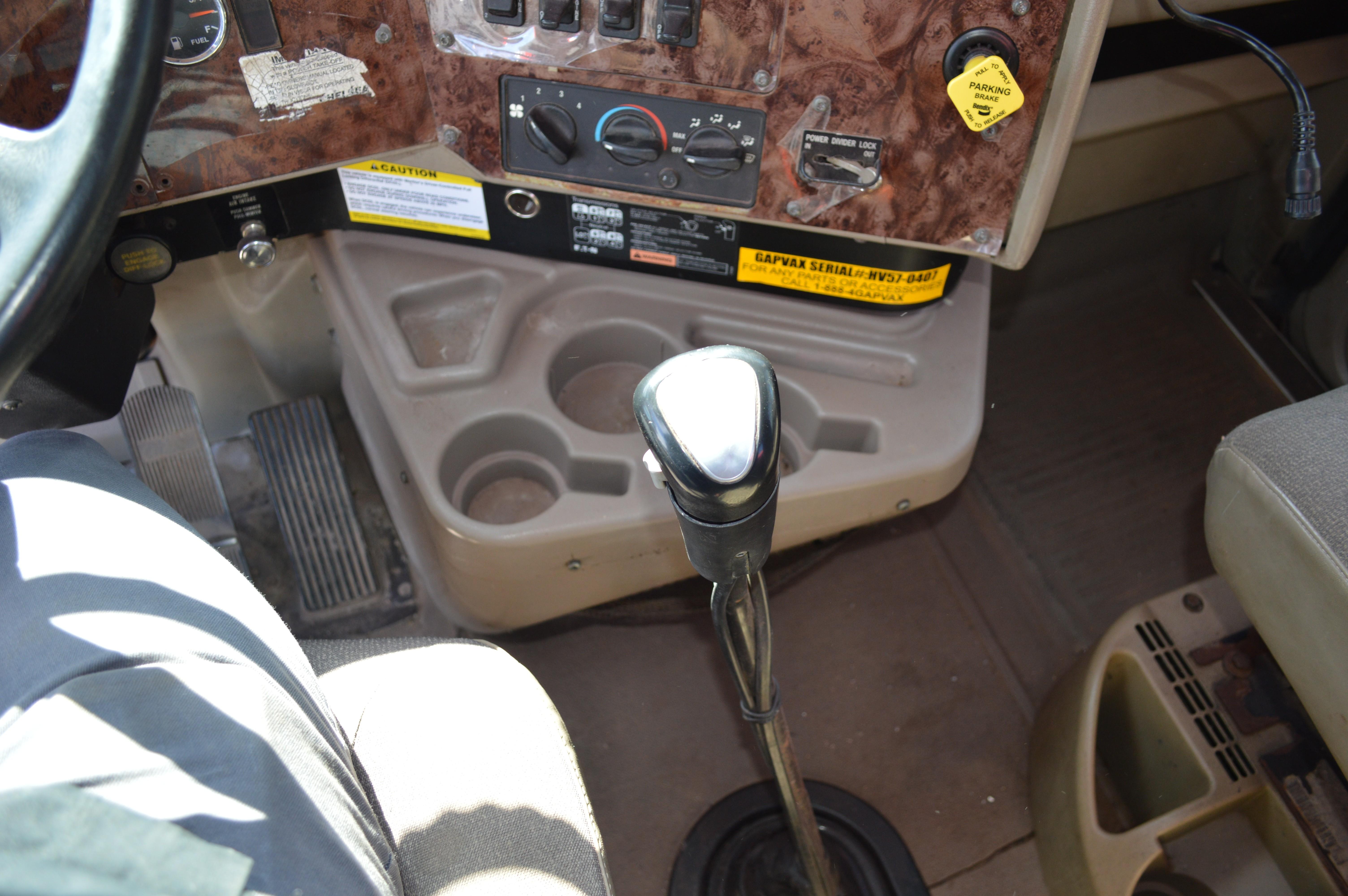 Used 2005 International 5600i Gapvax HV-56 - INDUSTRIAL AIR