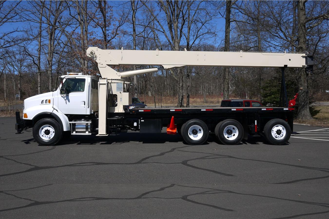 Straight Boom Crane Truck