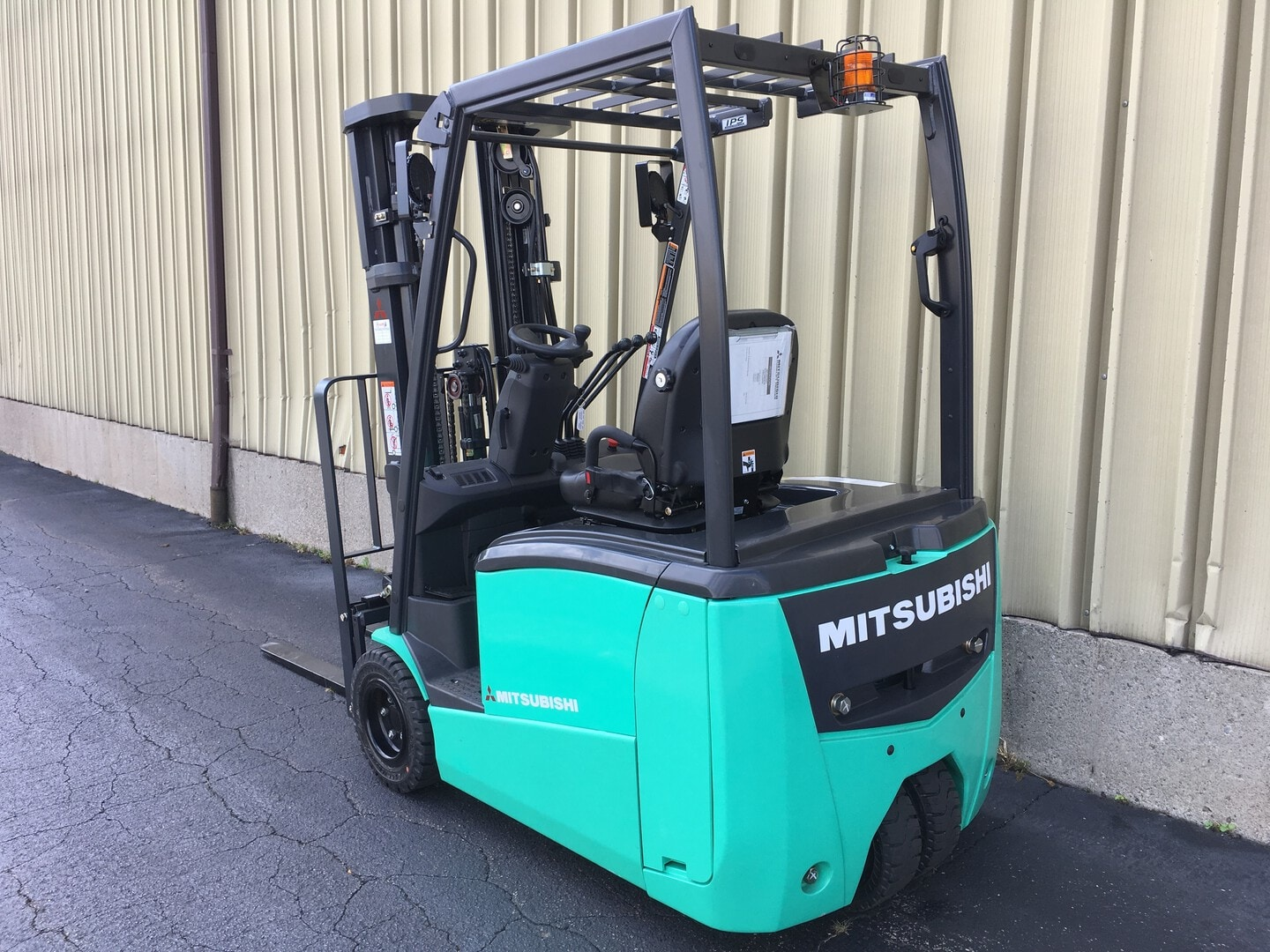caterpillar america fresh your forklift trucks lift car of for lovely forklifts mitsubishi modern