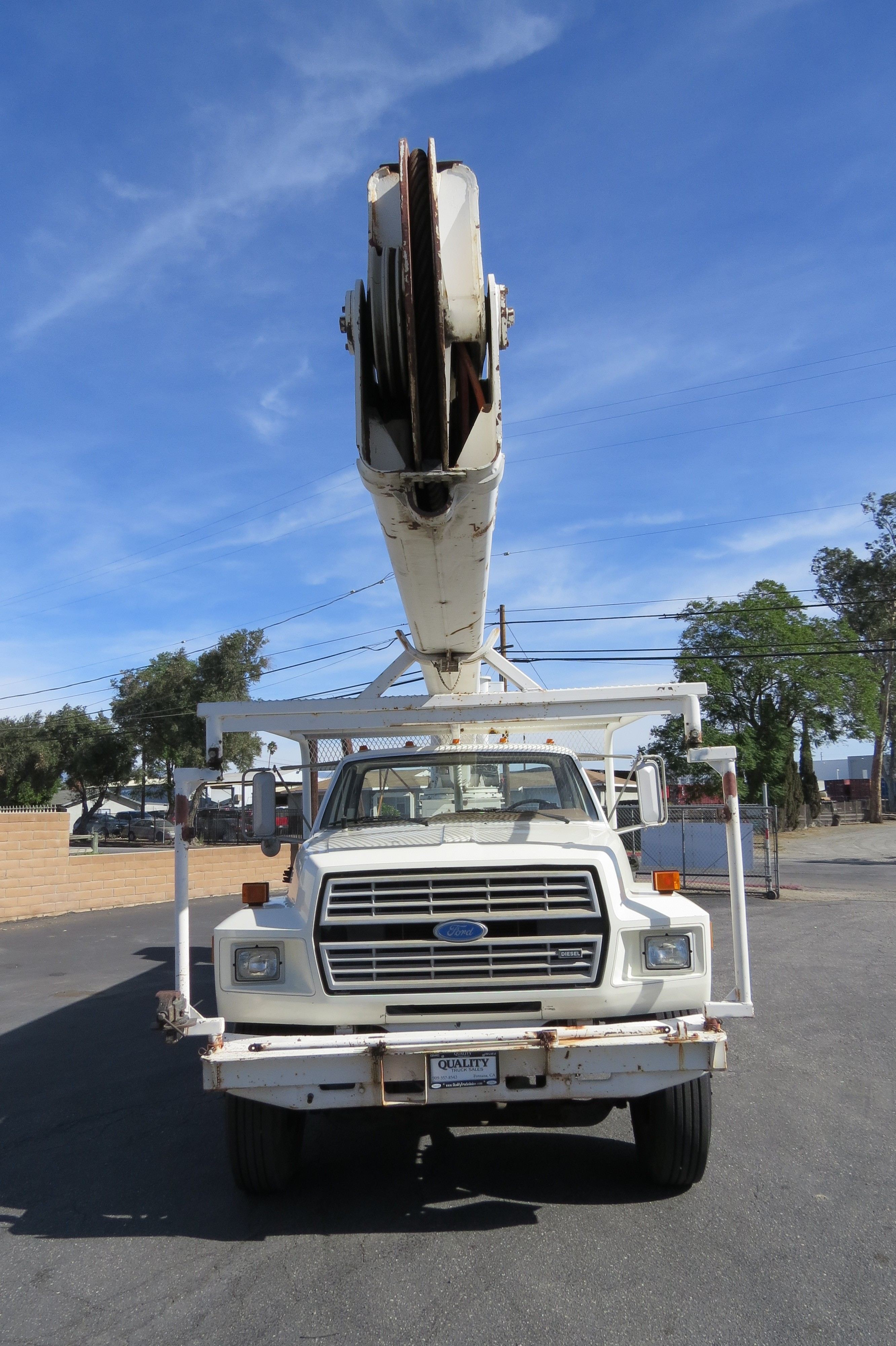 Used 1987 Ford F-800 Hi Ranger 70 ft  Bucket / Boom Truck in