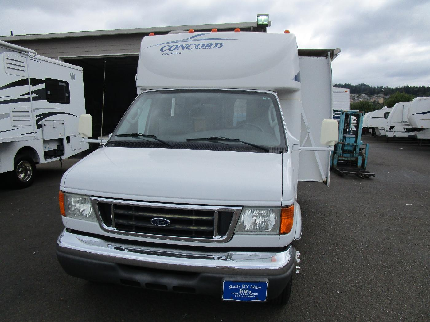 Used, 2005, Coachmen, CONCORD 275DSO ONLY 29K MILES, RV - Class B