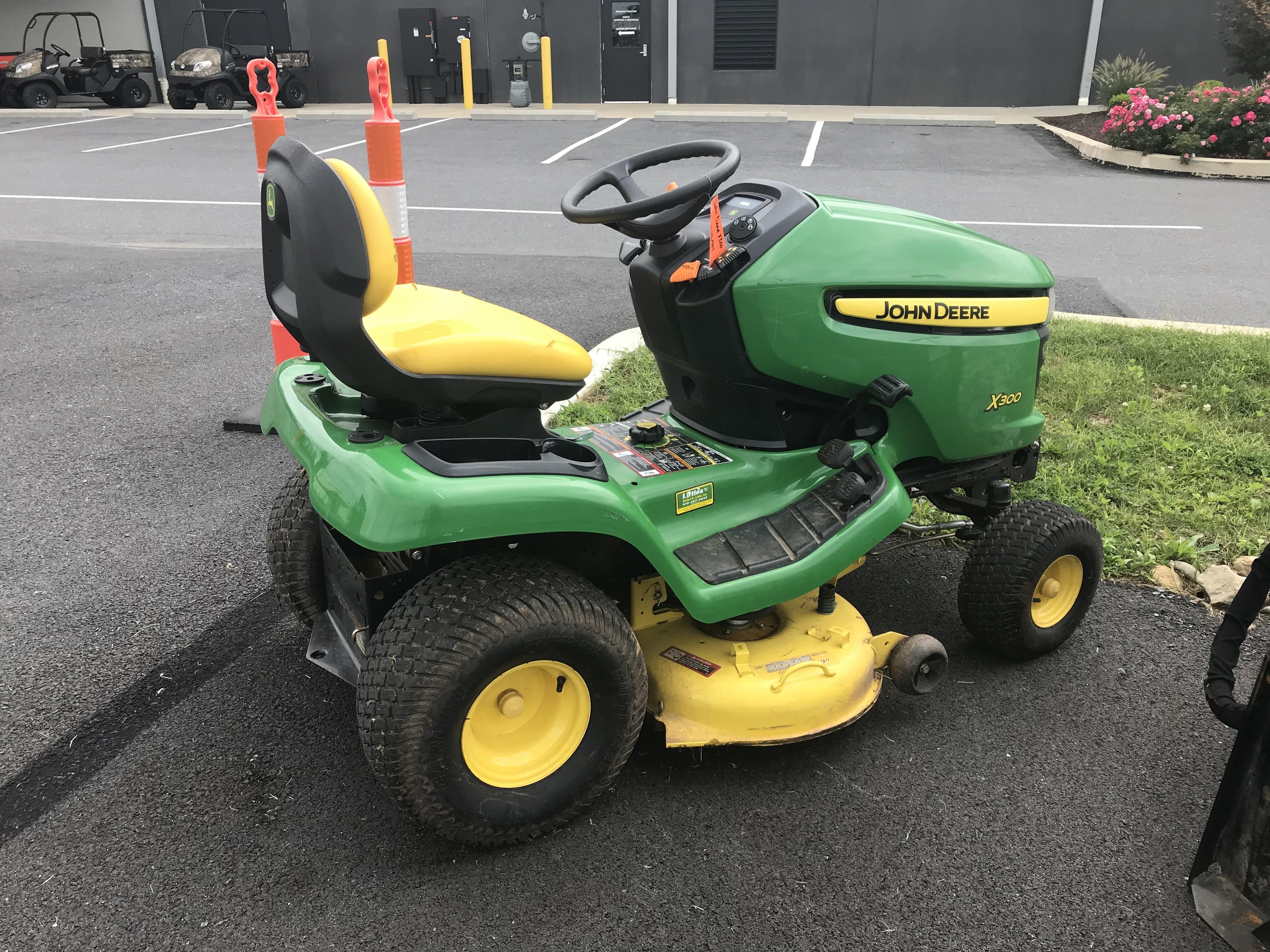 Used John Deere X300 (42 in ) in Leesport, PA