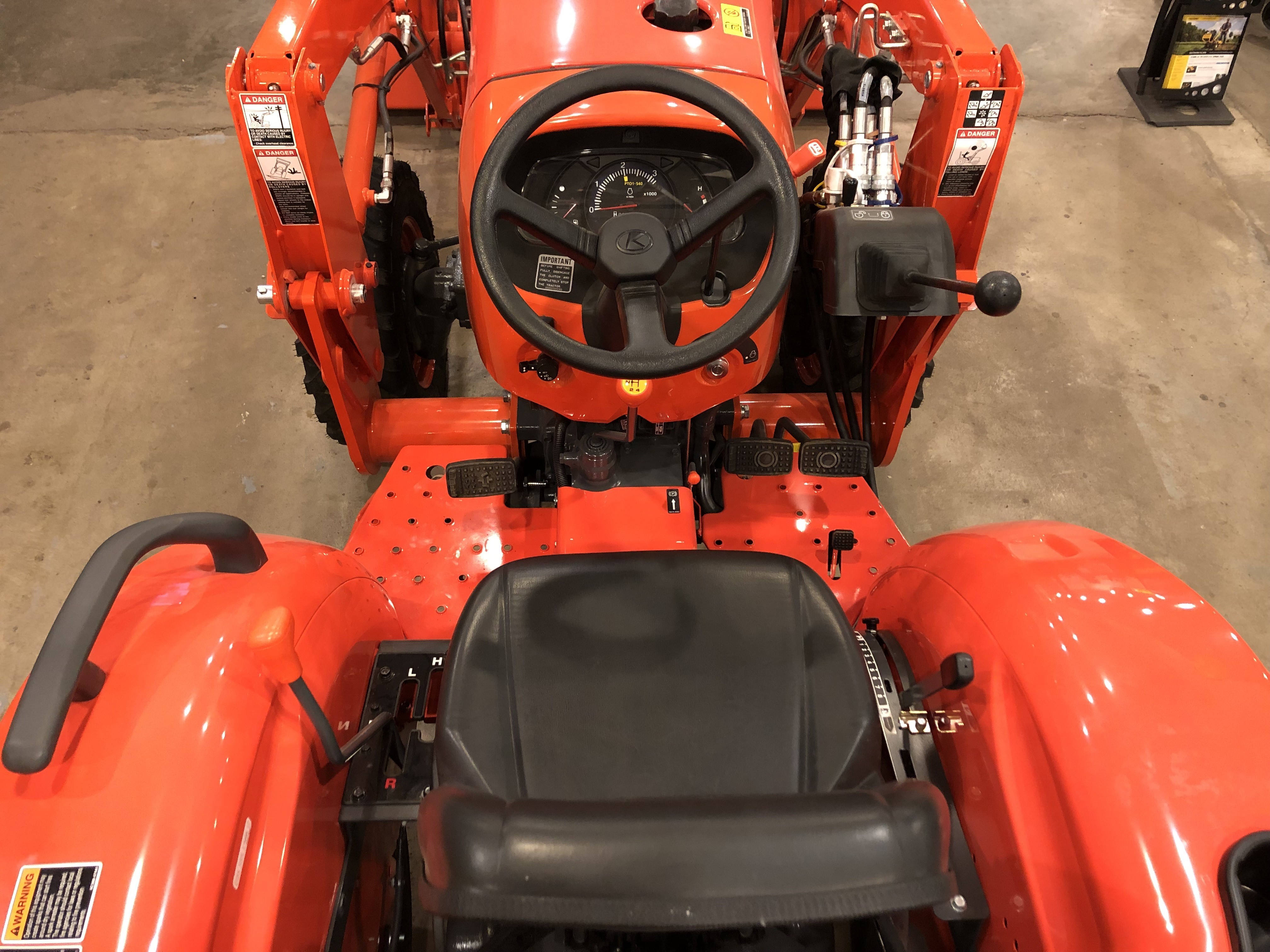New 2018 Kubota L2501 DT in Mount Sterling, MO