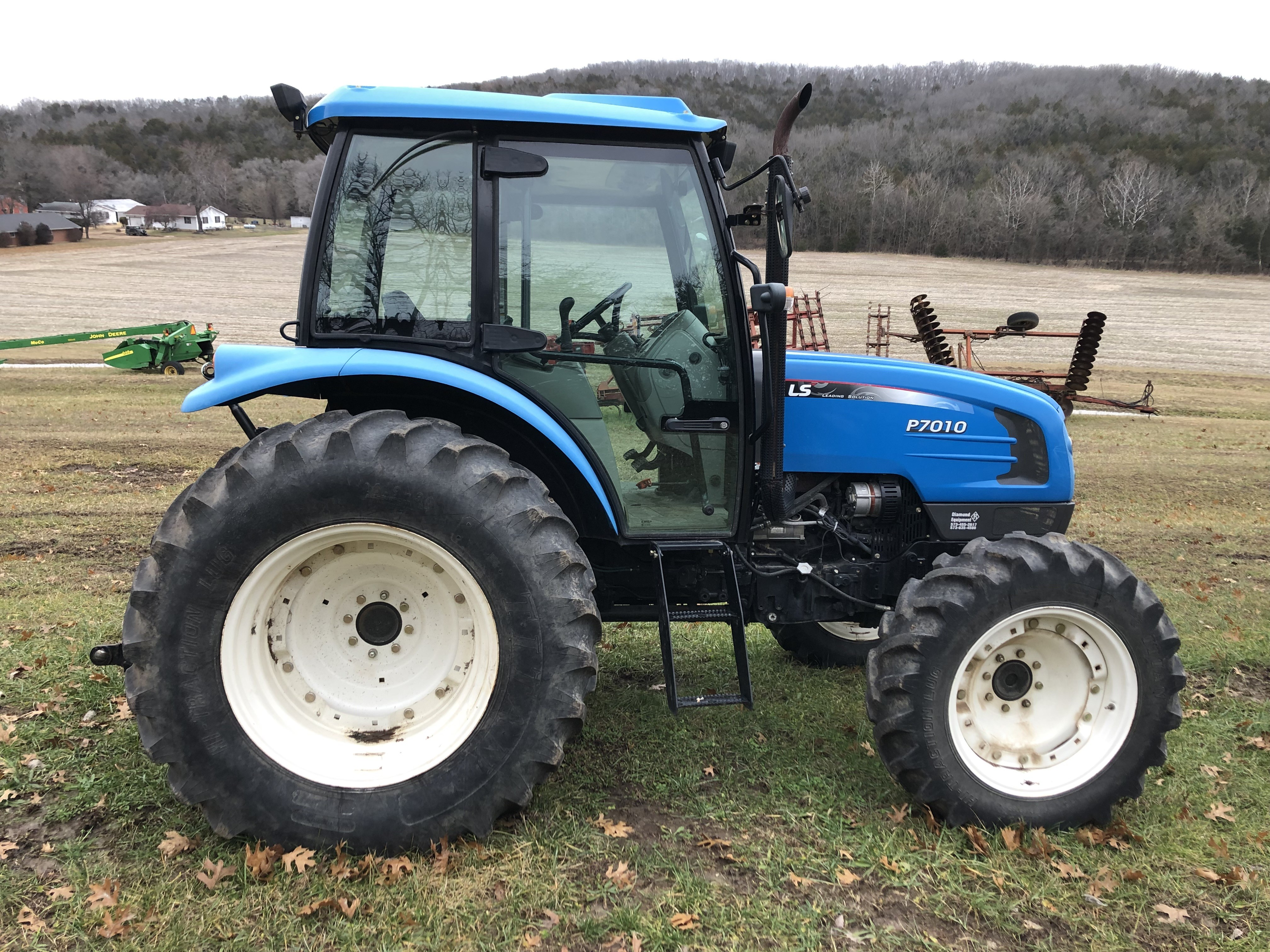 Used 2015 LS Tractor P7010 in Mount Sterling, MO