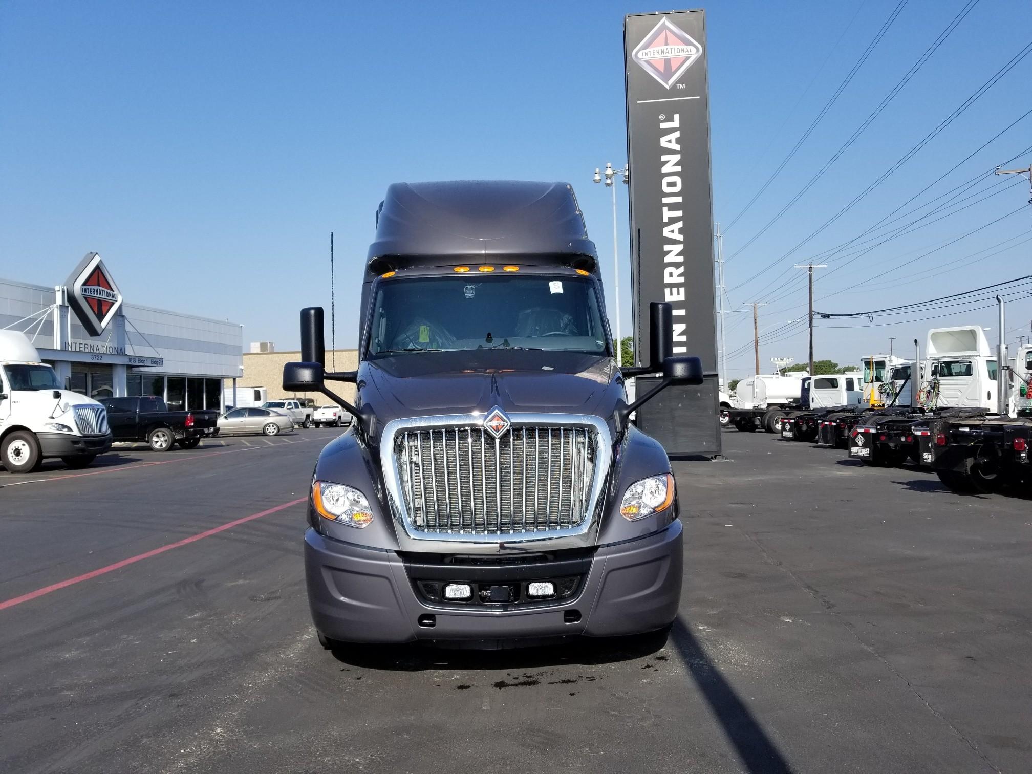 Used Commercial Trucks, Heavy Duty Trucks, Semi for Sale in