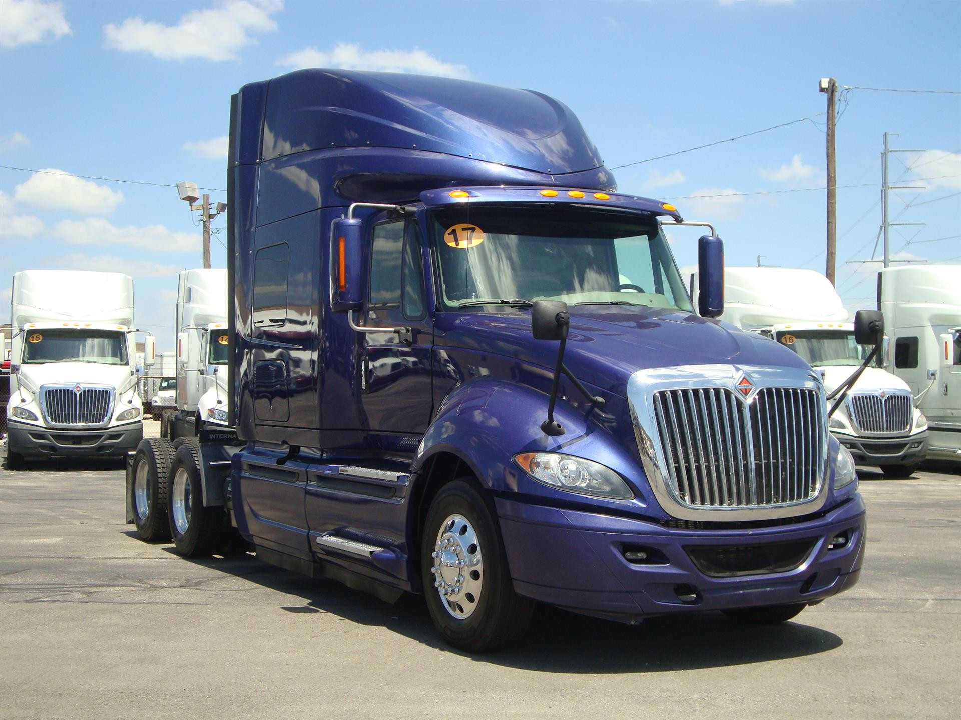 Used Food Trucks For Sale Under 5000 >> Commercial Truck Dealer In Texas Sales Idealease Leasing