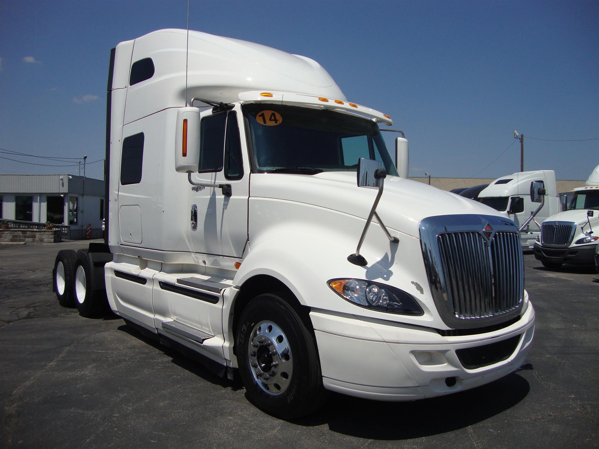 Commercial Truck Dealer in Texas | Sales & Idealease Leasing