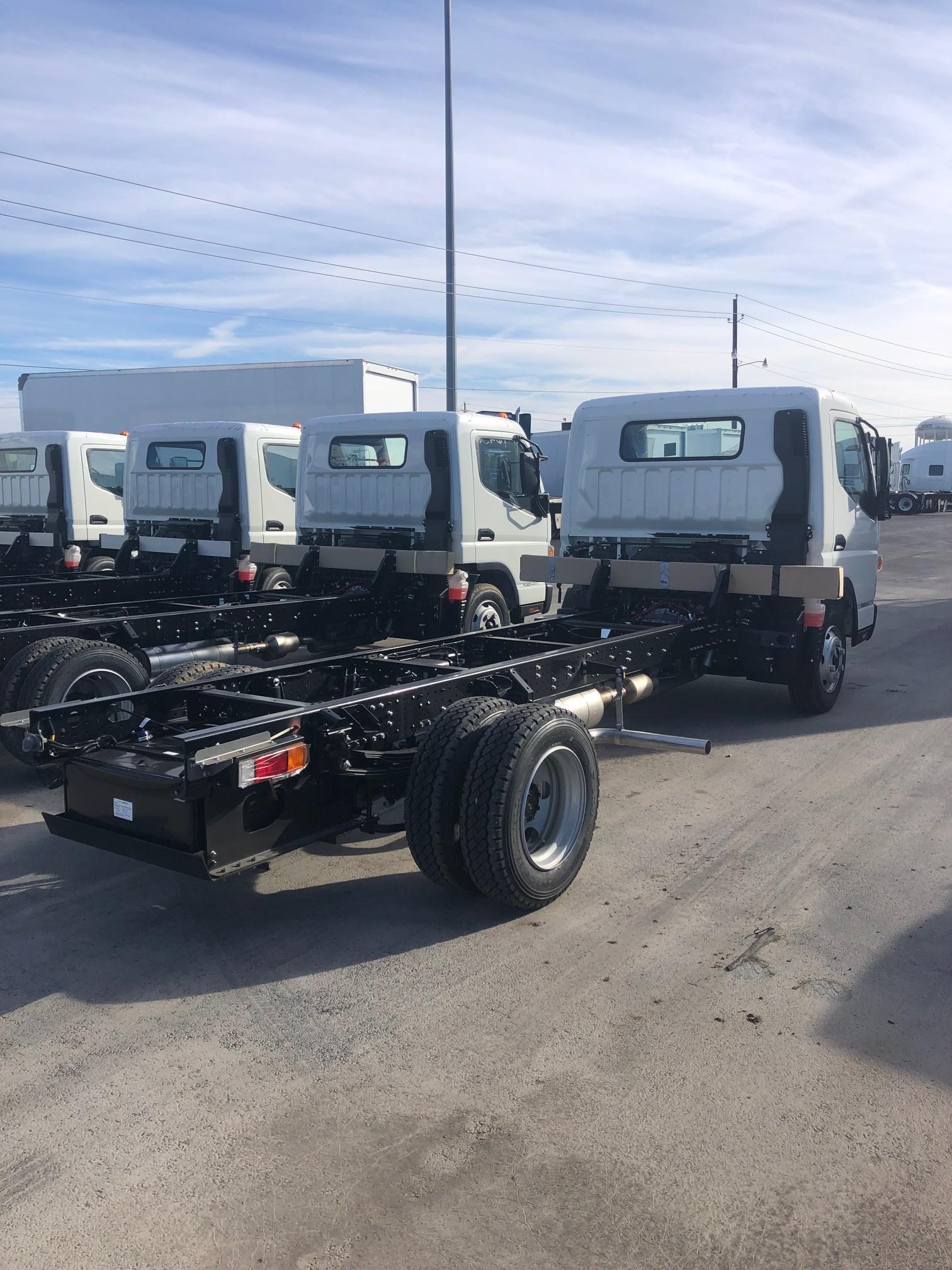 Commercial Truck Dealer in Texas   Sales & Idealease Leasing