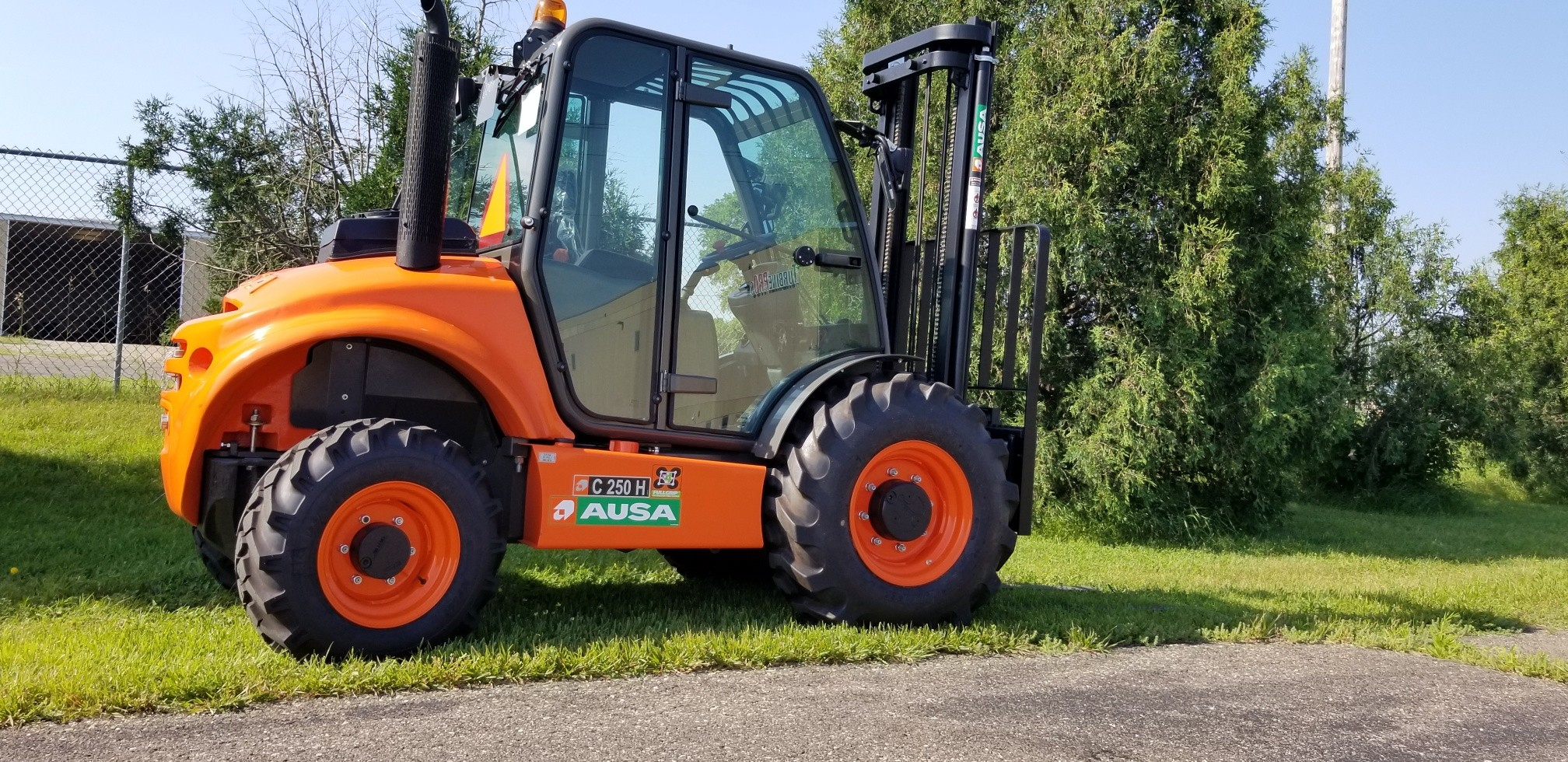 Top Notch Equipment Inc, Branch Manager Attachments, Mustang