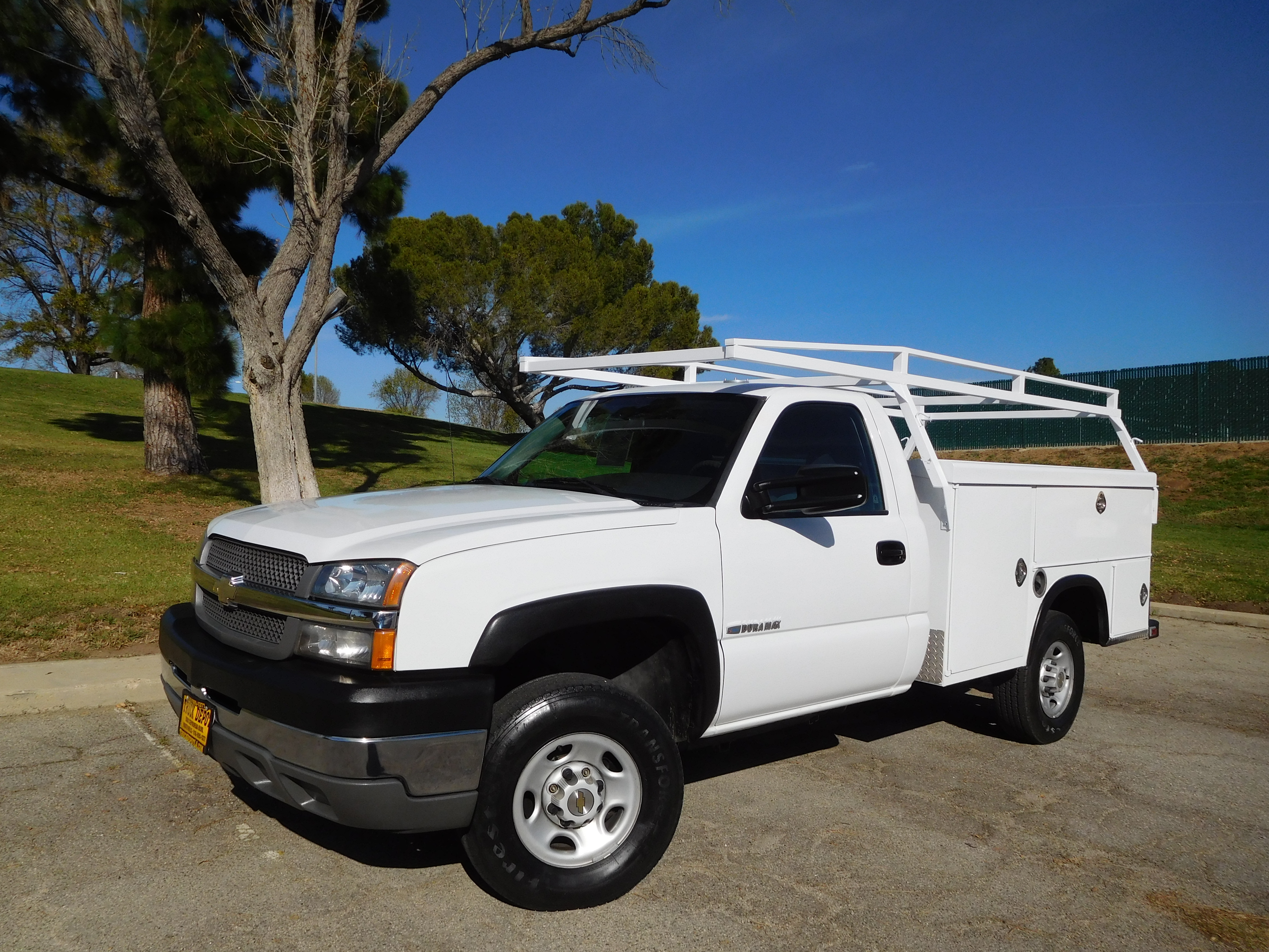Truck Depot: Used Commercial Trucks For Sale in North Hills ...