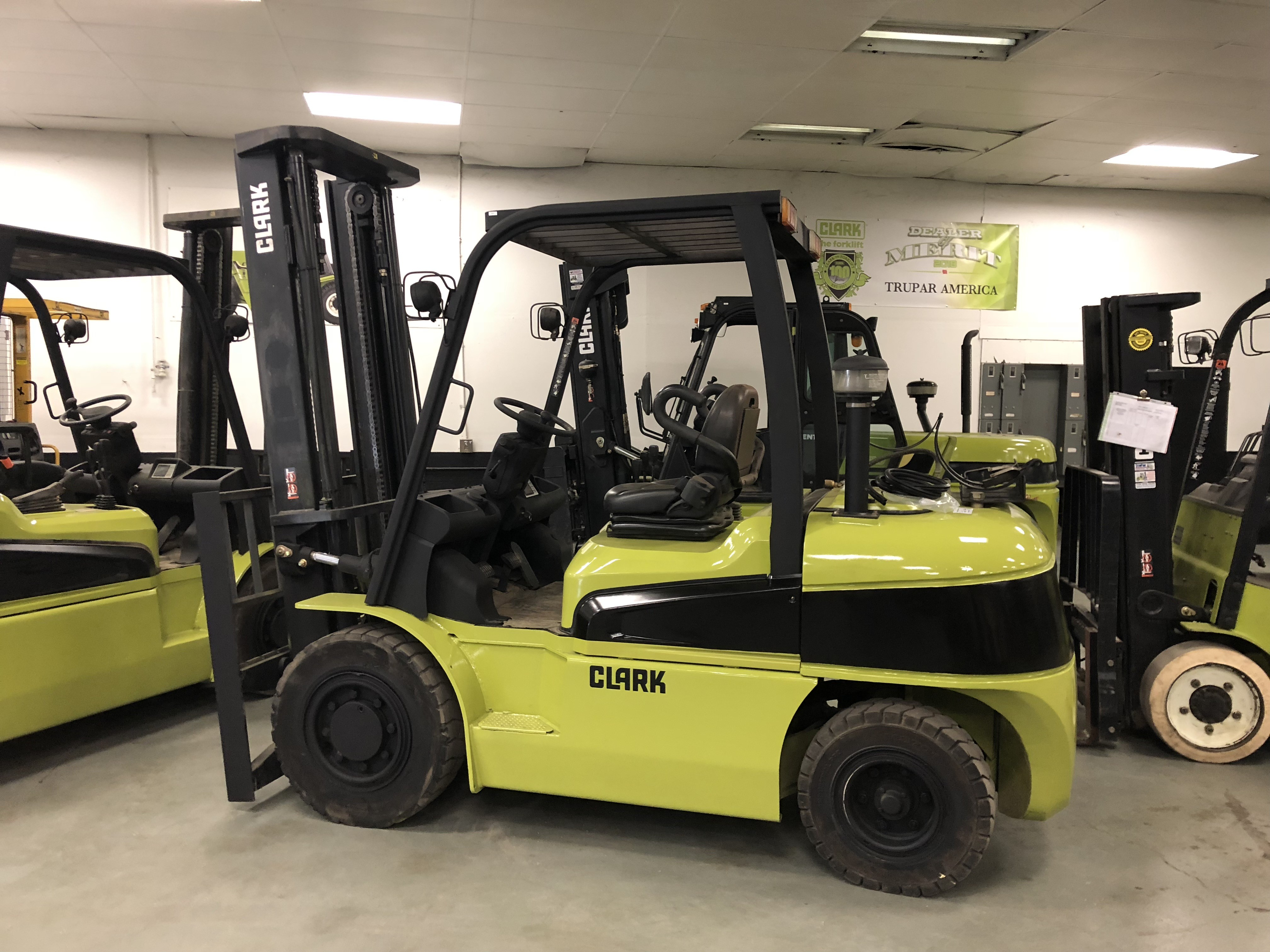 used larger inventory for here click image tx dallas c in and mitsubishi trucks forklifts forklift lift