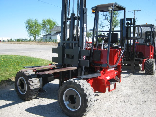 How Much Does It Cost To Lift A Truck >> Used Moffetts Piggy Back Trailer Truck Mounted Forklifts