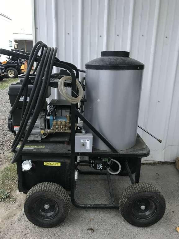 2017 Simpson King Brute Hot Water Pressure Washer
