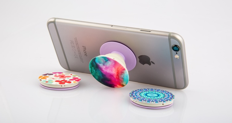 Are Popsockets The Accessory Your Phone Has Been Missing