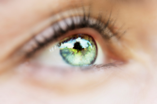 Health Tip: Recognize Signs of Corneal Abrasion