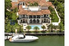 Sunset Islands In Miami Beach Luxury Waterfront Homes For Sale In