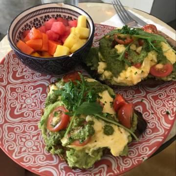 Earth Cafe breakfast, Santa Teresa, Costa Rica