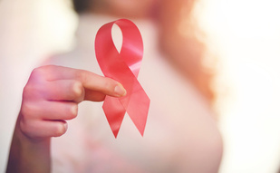 Genomic Testing Can Reduce Costs by $6600 for Certain Patients With Breast Cancer