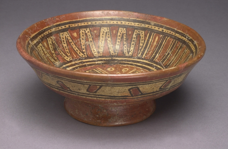 Pedestal Bowl with Cross Motif