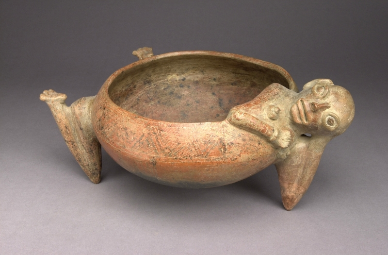 Female-form Tripod Bowl