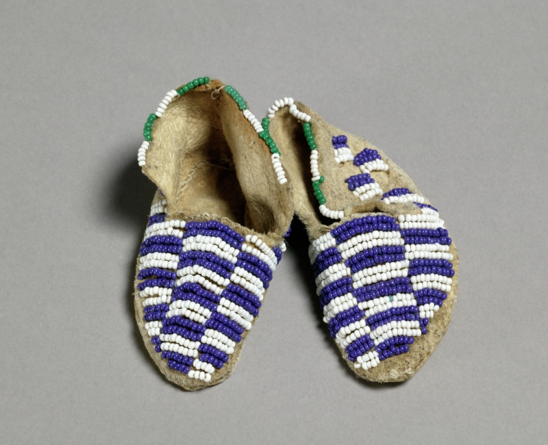 Miniature pair of moccasins