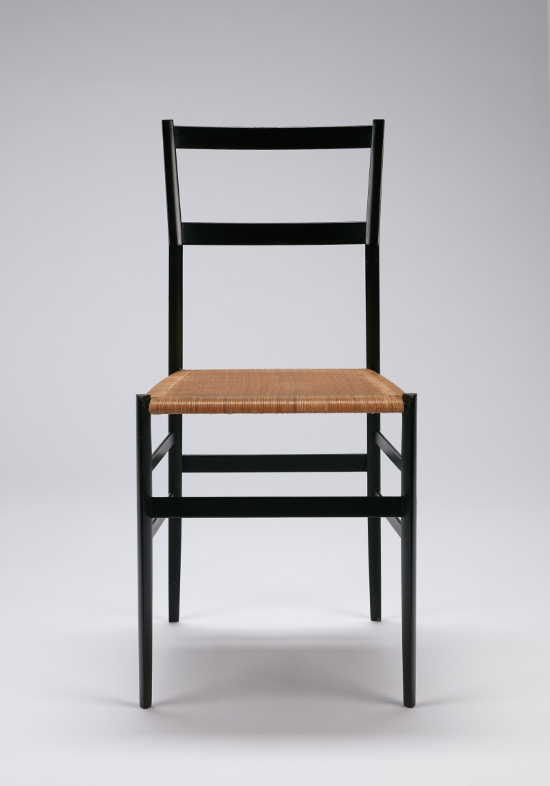 Superleggera Chair (model 699)