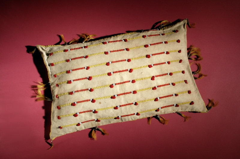 Tipi pillow cover