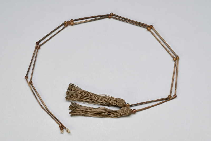 string; hat