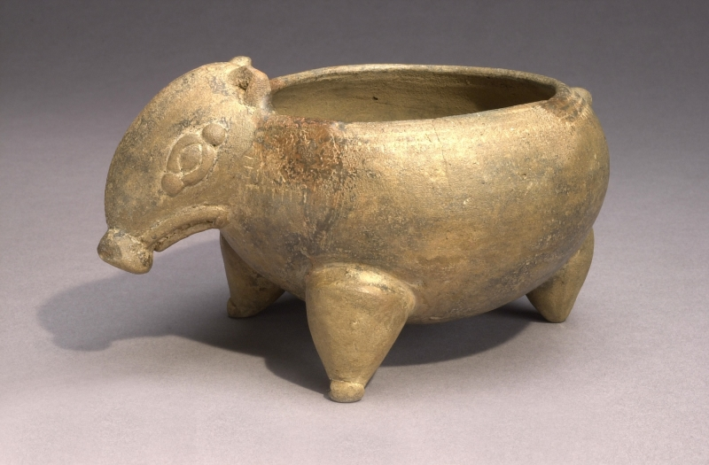 Tapir-form Tripod Bowl