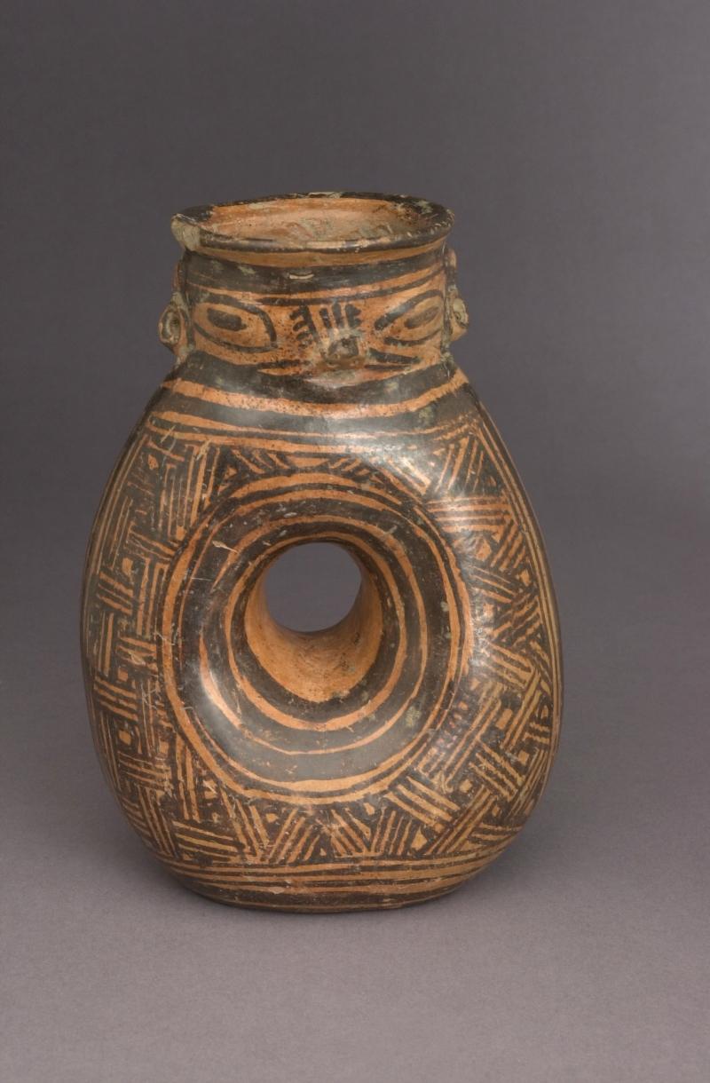 Ring-form Bottle Jar with Modeled Head