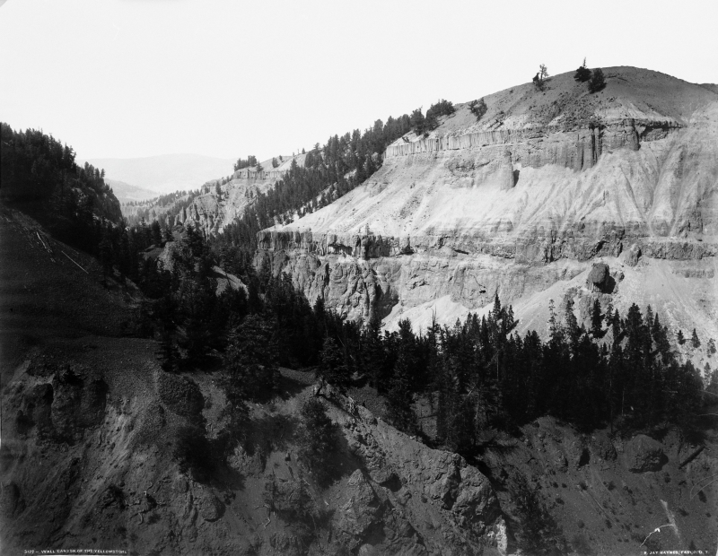 Wall Canyon of the Yellowstone