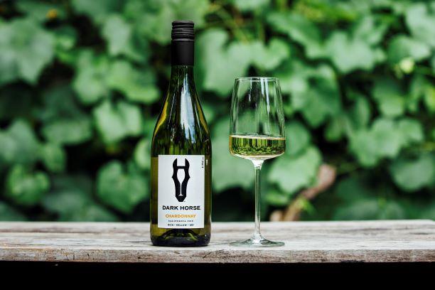 Dark Horse Chardonnay Wine