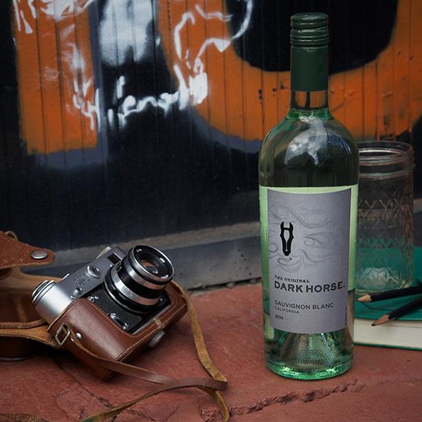 Sauvignon Blanc | Dark Horse Wine