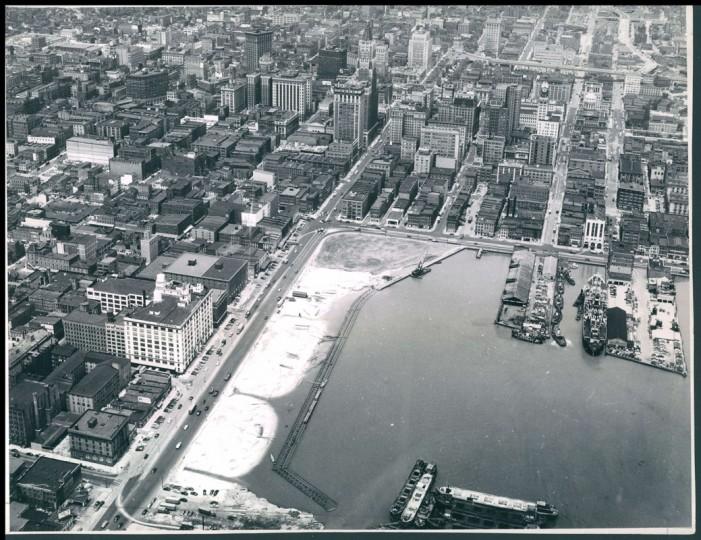 Light Street and Sam Smith Park. (Baltimore Sun file)