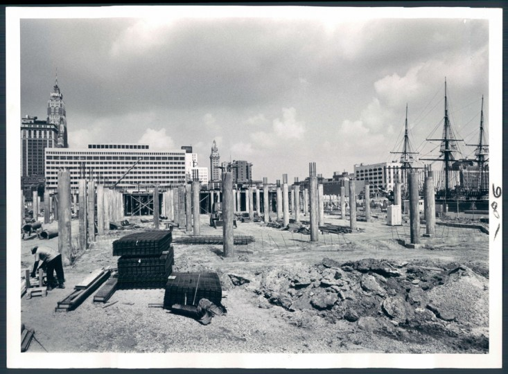 Structural members of Rouse Co.'s Harborplace rise against the Baltimore skyline. (William Klender/Baltimore Sun file photo dated Sept 11, 1979)