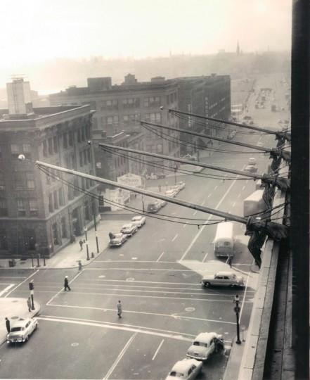 Scenes from historic Light Street. (Ellis Malashuk/Baltimore Sun file photo dated Dec. 1954)