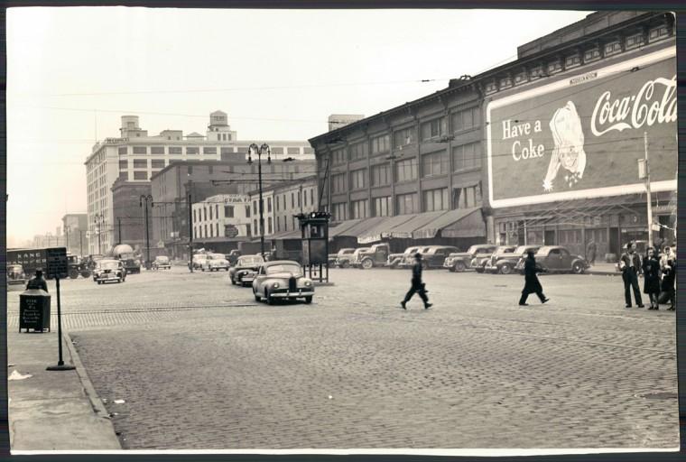 Scenes from historic Light Street. (Baltimore Sun file/Sept. 1946)