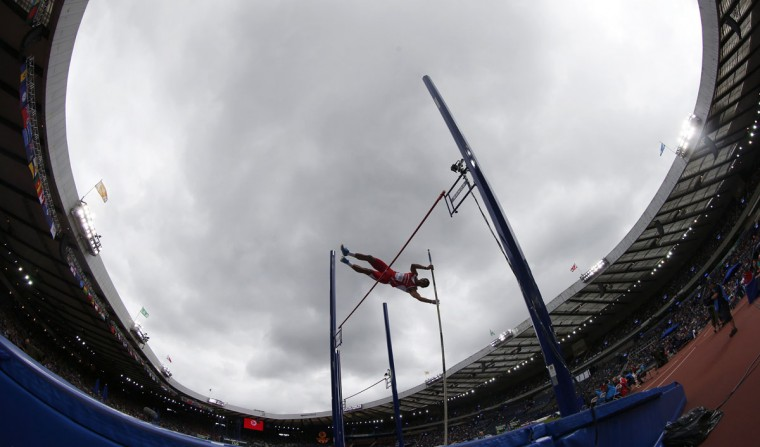 Mauritius' Guillaume Thierry competes in the Men's Decathlon Pole Vault at the 2014 Commonwealth Games in Glasgow, Scotland July 29, 2014. (REUTERS/Suzanne Plunkett)