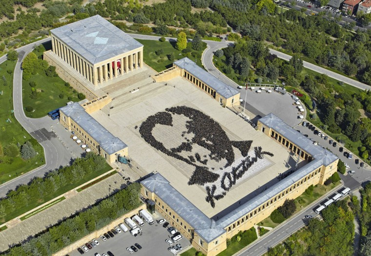 6000 fans of Mustafa Kemal Ataturk, the Turkish Republics founder, gather to form a giant Ataturk portrait at Ataturk's mausoleum during the week of Turkish Victory Day (30 August), in Ankara. (Getty Images)