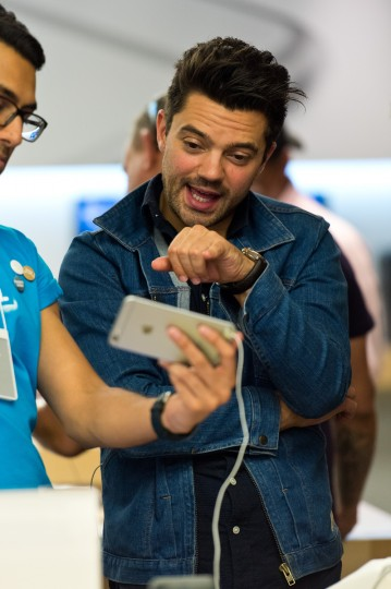Dominic Cooper gets set up with the new iPhone 6 at The Apple Store, Regent Street on September 19, 2014 in London, England. Ben A. Pruchnie/Getty Images