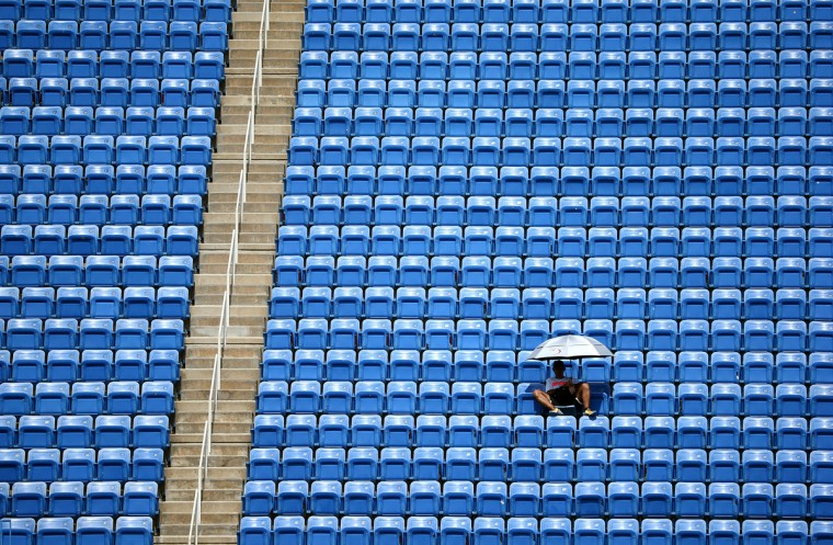 A fan attends Day Nine of the 2014 US Open at the USTA Billie Jean King National Tennis Center on September 2, 2014 in the Flushing neighborhood of the Queens borough of New York City. (Getty Images/Street Lecka)