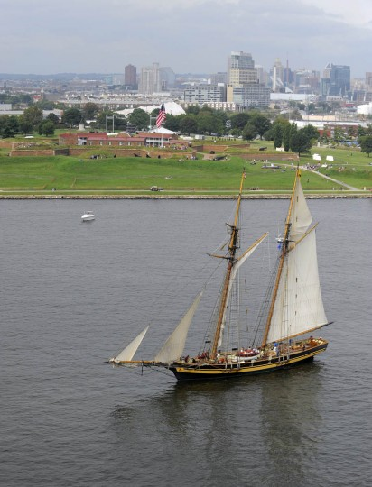 A tall ship goes past Fort McHenry as it arrives in Baltimore for the Star-Spangled Banner Bicentennial Celebration. (Lloyd Fox/Baltimore Sun)