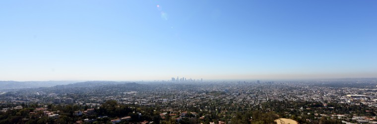 A wider shot of all of Los Angeles taken from the Griffith Observatory.