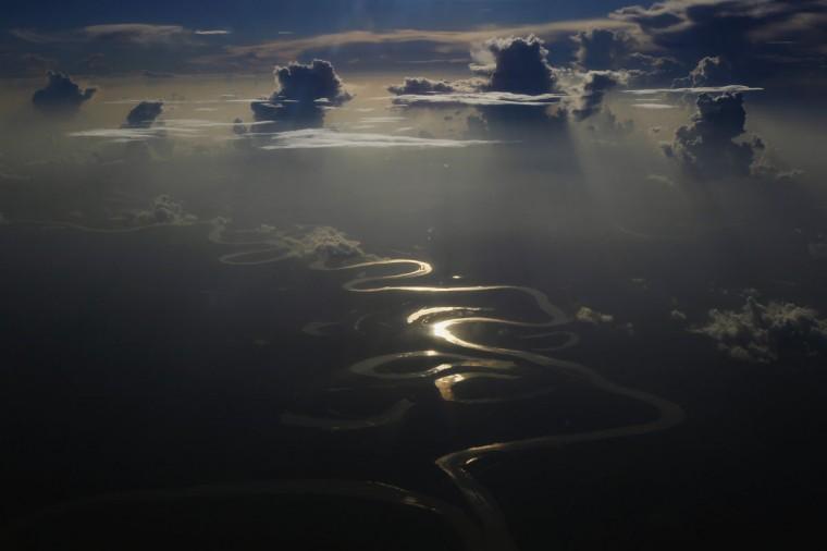 Aerial view of a river in Peru's Amazon region of Loreto, September 29, 2014. (REUTERS/Enrique Castro-Mendivil)