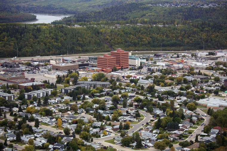 The city of Fort McMurray, Alberta. Fort McMurray is home to one of the world's largest oil reserves and the Alberta tar sands operations. Picture taken September 17, 2014. (REUTERS/Todd Korol)